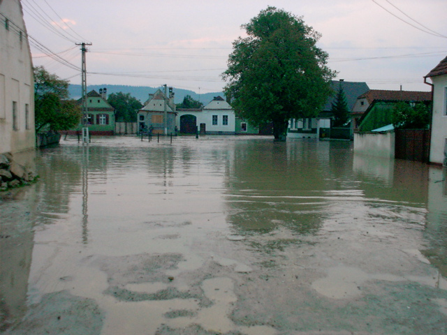 small flood in 2002 4